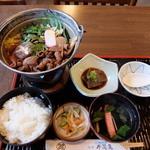 井筒亀 - 猪ホルモンどて煮(定食)