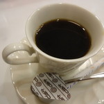 ムラハタ フルーツ パーラー - コーヒーもついてきます。