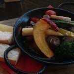 ソルファミリア - 料理写真:春野菜とマッシュルームのグツグツ