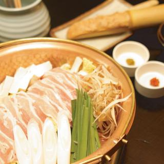 TVでおなじみの鶏料理と名物親子丼の店、はし田屋中目黒店!