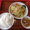 珍来 - 料理写真:肉野菜炒めセット(1000円)、ライス大盛り(+120円)