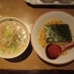 元祖麺屋ジャイアン - 料理写真:辛バクダンつけめん 850円