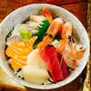 漁火 - 料理写真:海鮮丼