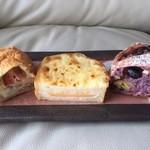 グルニエ ア パン - ベーコン・チーズ・ほうれん草→クロックムッシュ→紅芋・黒豆・栗