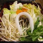 蟹奉行 - 料理写真:鍋用野菜