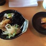 権八 - バイキング形式のお惣菜