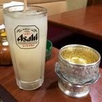 クンメー - 水を入れるグラスがタイっぽい!