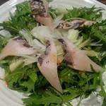 伝七 - 海鮮サラダ(480円)