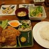 子ぶたのシェフ - 料理写真:和牛ミンチカツと鶏唐揚げ税込850円