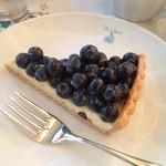 46438813 - ブルーベーリーとホワイトチョコクリームのタルト