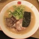 長浜食堂 - こってり長浜とんこつラーメン 650円