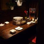 成しま - 落ち着いたテーブル席  4名様用テーブル