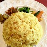らくしゅみ - ○ターメリックライスプレート様、ライスはかなり固めなインディカ米と日本米のブレンドだったような??