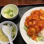 萬福飯店 - 日替りのエビチリ丼