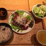 KICHIRI RELAX&DINE - 博多地鶏の壺タレ漬けランチ