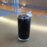 アマティ - ドリンク写真:アイスコーヒー、400円です。