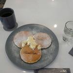 ルサ ルカ - クラシックバターミルクパンケーキ