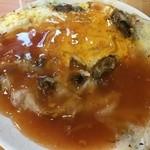陳家蚵捲 - 蚵仔煎、牡蠣入りの蚕餅に甘いタレがかかってます。高雄や台南の夜市ではお馴染み