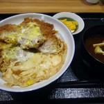 とんかつ 銀座梅林 - 「ヒレカツ丼」780円也。税込。