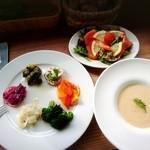 ノーシャン -  地産地消の美味しいお野菜とオーシャンビューの最高な景色。リピート確実です。