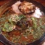 Karenotoriko - サバ味噌カレーあいがけ+野菜