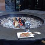 カフェ ウッド ルーフ - みそこんにゃく&ビール