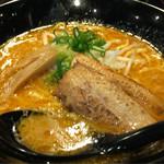 麺屋 白虎 - 豚骨味噌ラーメン
