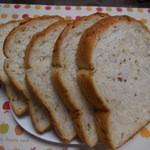 エファール河村屋 - 玄米食パン ¥260-