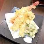 樹ノー - 昼のランチ膳の天ぷら盛合せ
