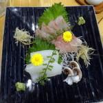 青山ぼこい - 真鯛昆布〆1,300円、スミイカ1,200円