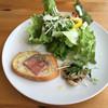 ROOTS - 料理写真:前菜とサラダ