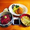 大関 - 料理写真:日替り定食,タラフライと鉄火丼