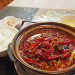マダムリン 台北 - 超激辛モツ豆腐鍋