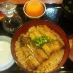 うな炭亭 - 白焼丼