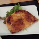トモキッチン - カジキマグロ柚子味噌焼き