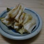のんきや - 付き出しは、白菜の漬物