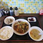 加納食堂 - A定食(豚肉とセロリと春雨のしょうが炒め)