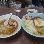 46765577 - 酔来丼(400円)+小ラーメン(200円)