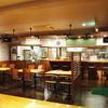 みさき食堂 - 内観写真:調理の様子が見えるオープンキッチンです。