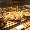 ヌーベルパティスリー  ともなが - 料理写真:いただいた、パイ・タルトの並ぶショウケース