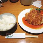 洋食の店 もなみ - 【ランチ】 ビフカツ+ハンバーグ \1242