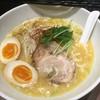 麺屋やまもと - 料理写真:限定Aの鶏白湯 ¥800