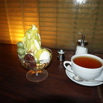和カフェ yusoshi - [料理] 抹茶ココナッツパフェ & 紅茶 \1,290 セット全景♪w ②