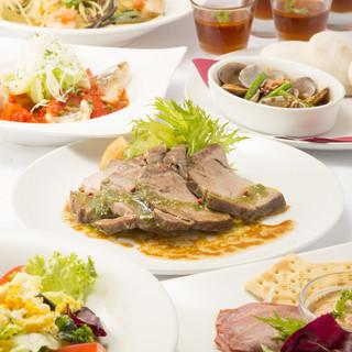 【季節限定コース】季節の食材を使った一番人気のコースです。