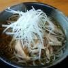 そば処 萬乃助 - 料理写真:冷たい肉そば(800円※税別)