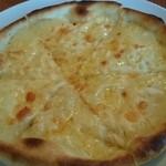 びんのかけら - 料理写真:パイナップルピザ