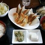 壱 - 料理写真:餃子三昧定食800円