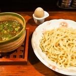 麺舎 ヒゲイヌ - 料理写真:牛スジつけ麺 & アメ玉