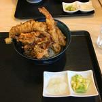 天丼の岩松 - 『海鮮丼』(税込850円)穴子天ぷらがフニャって倒れて... (>_<)