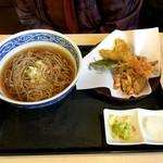 天丼の岩松 - 『そば天』温かいお蕎麦で(税込750円)かつをタシが効いた美味しいお蕎麦です♪